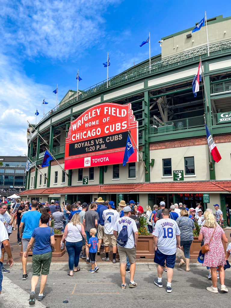 Wrigleyville Nation Ep 263 –  Michael Ernst, Cubs Set All the Wrong Records, Prospect Check In, Plaques Awarded, & More